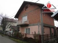 POVOLJNO - Kuća u gradu površine 140m2 ID:2548/DŠ